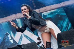 Amaranthe - Into The Grave