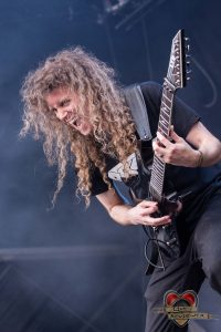 Vektor- Into The Grave - LiveReviewer-
